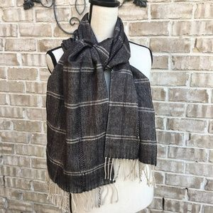 100% Cashmere Scarf Made in Scotland Plaid NWOT